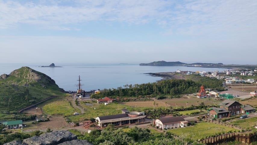 형제섬과 마라도가 한 눈에 보이는 오션룸 2(디오션힐 The Ocean Hill)