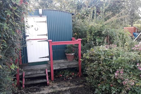 Aldbourne - Shepherd's Hut.