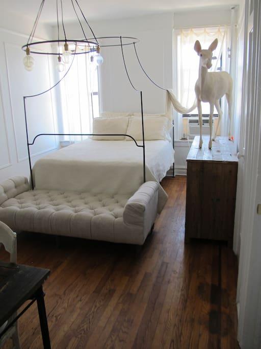 dreamy minimalist bedroom/living room area