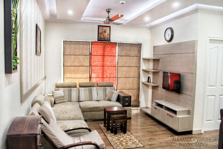 2 BHK DESIGNER LUXURY APARTMENT - Bengaluru - Apartment
