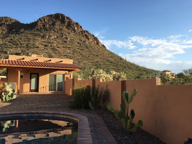 Coyote Ridge Casita: A Tucson Mountain Retreat