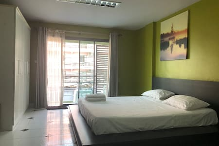 StarMax Guesthouse, Soi Buakhao, Pattaya, Room 1