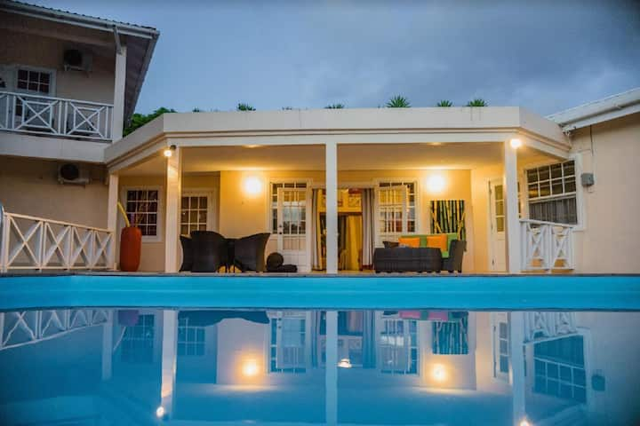 Beautiful Villa near Golf Course and Rodney Bay