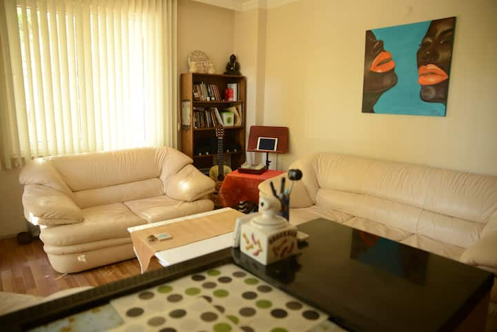Güzeloba,5 min. distance to beach,private room!