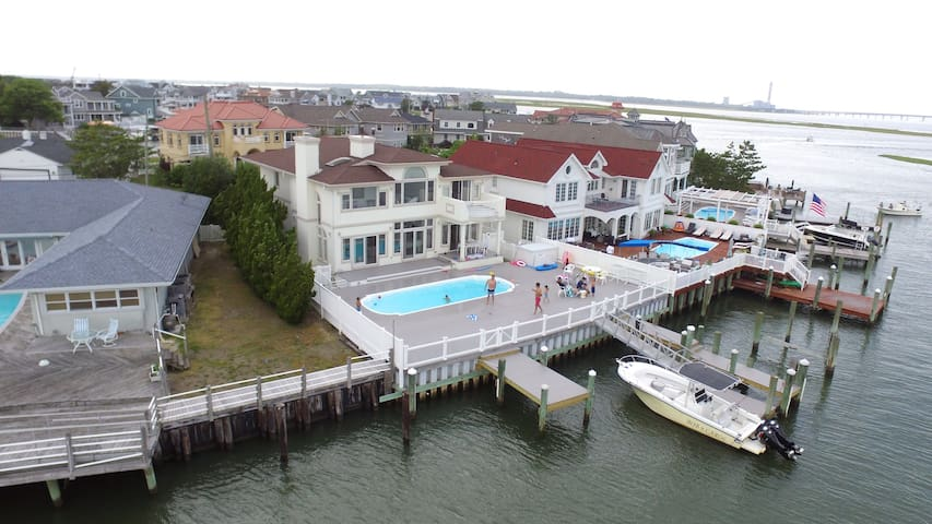 Ocean City, New Jersey Bayfront Vacation home