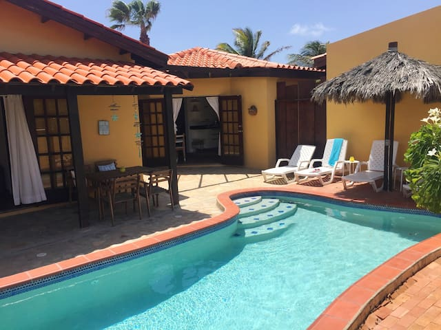 Aruba Villa w/ Pool, beach at 3 min - Noord - Villa