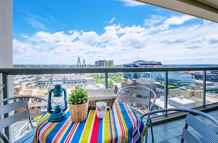 整个公寓医疗级杀毒  Darling Harbour美景尽收眼底  配备全悉尼最棒泳池奢华公寓