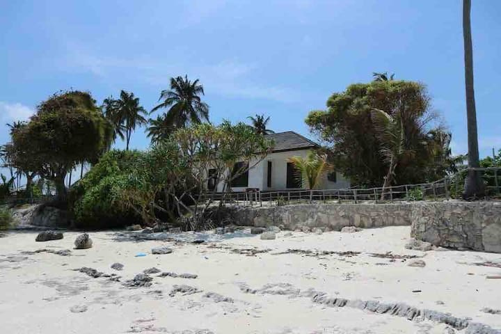Popo House, a eco house in a quiet beach location.