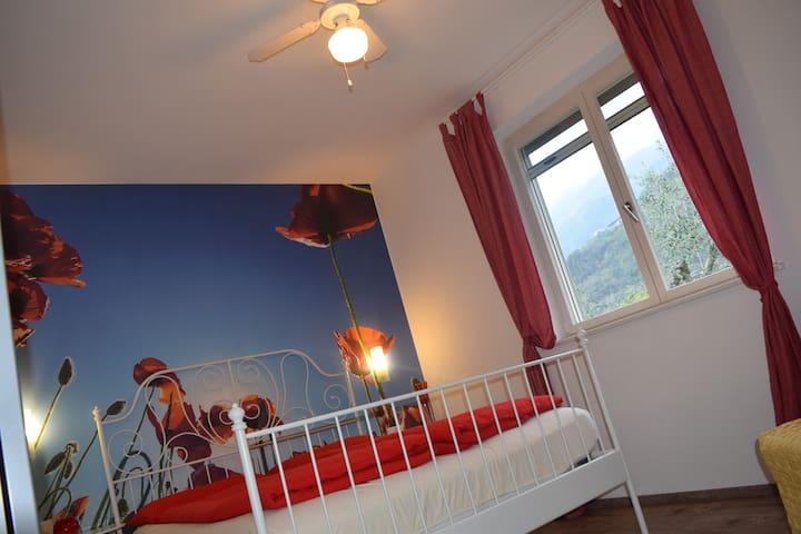 Camera da letto -ventilatore a soffitto