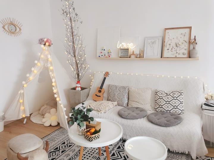 【White Room】艺术•家民宿|自助入住|可做饭|市中心商业区高层公寓地下停车场+超市