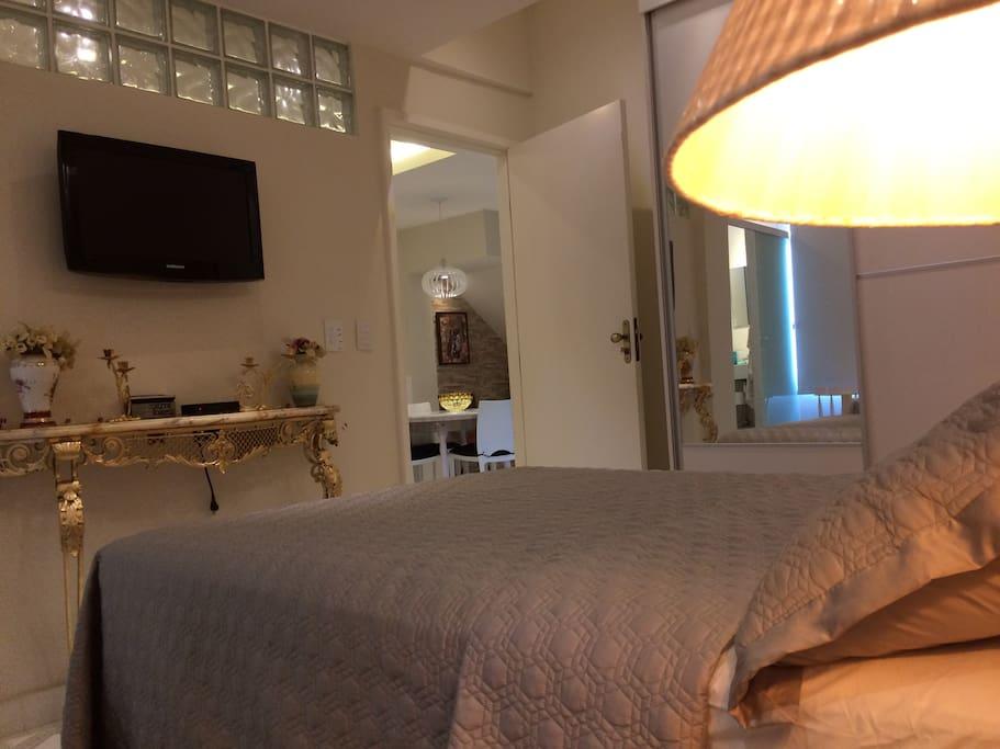 Visão da suite na diagonal .