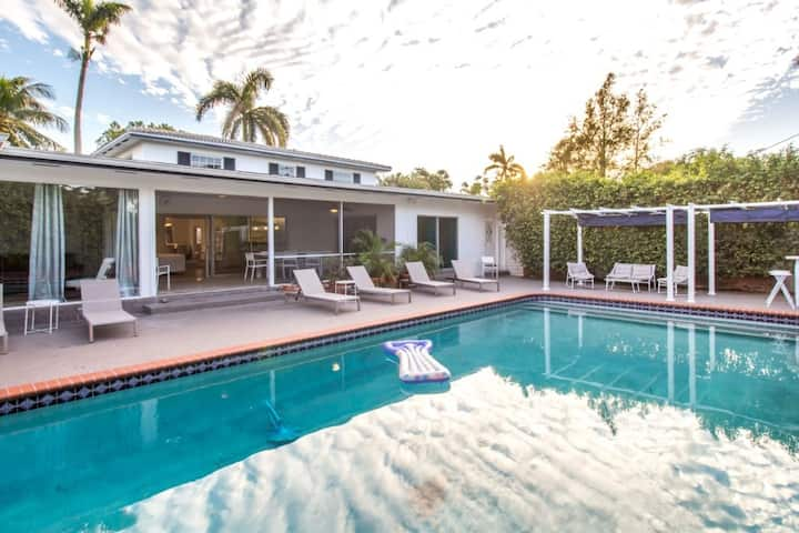 Chateau Hollywood Luxury House & Private Pool