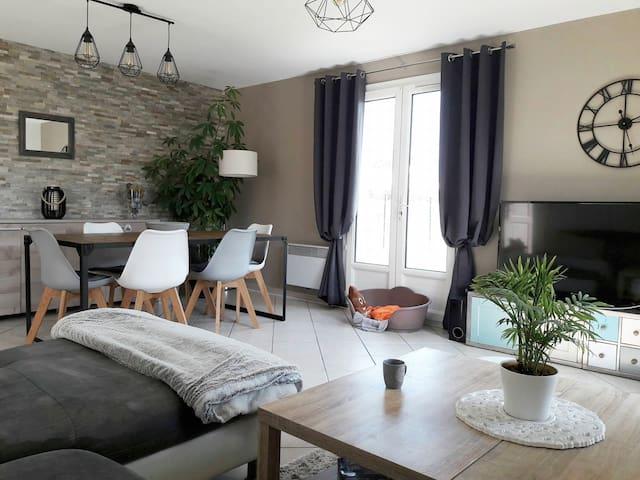 Chambre dans maison chaleureuse et bien placée - Salles-sur-Mer - Talo