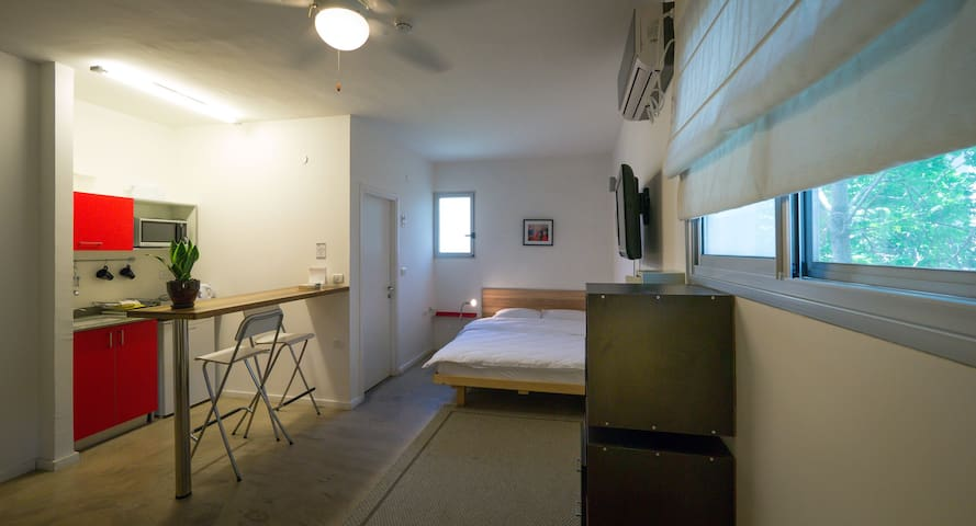G38 Boutique rental apartments- Studio apartment