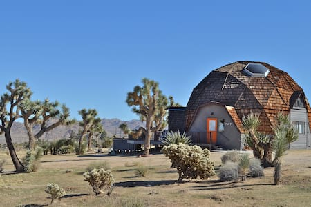 JOSHUA TREE GEODESIC DOME HOUSE - Joshua Tree - Maison
