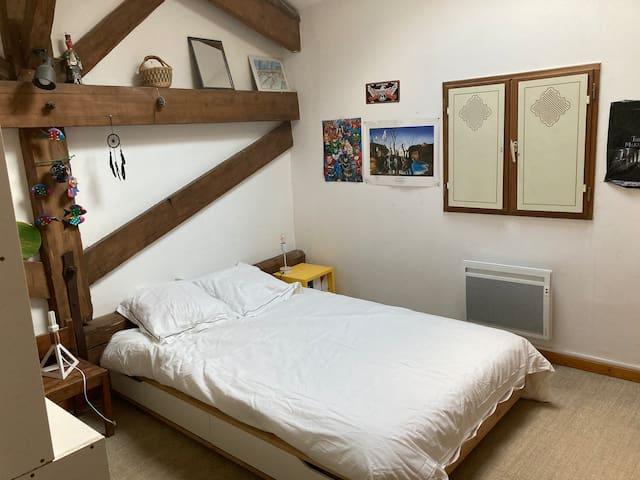Chambre 3 double à l'étage