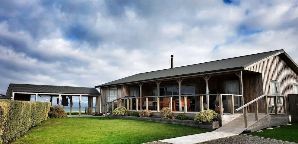 Luna Sea Lodge - North West Room