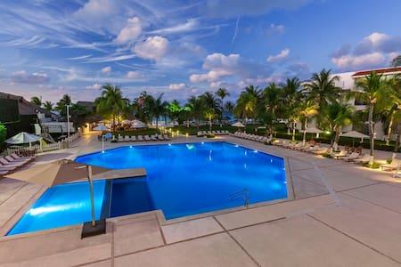 Cancun Suites (Hab. Estándar)