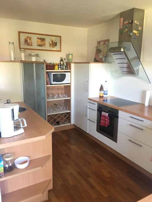 Open Space Kitchen Full furnished