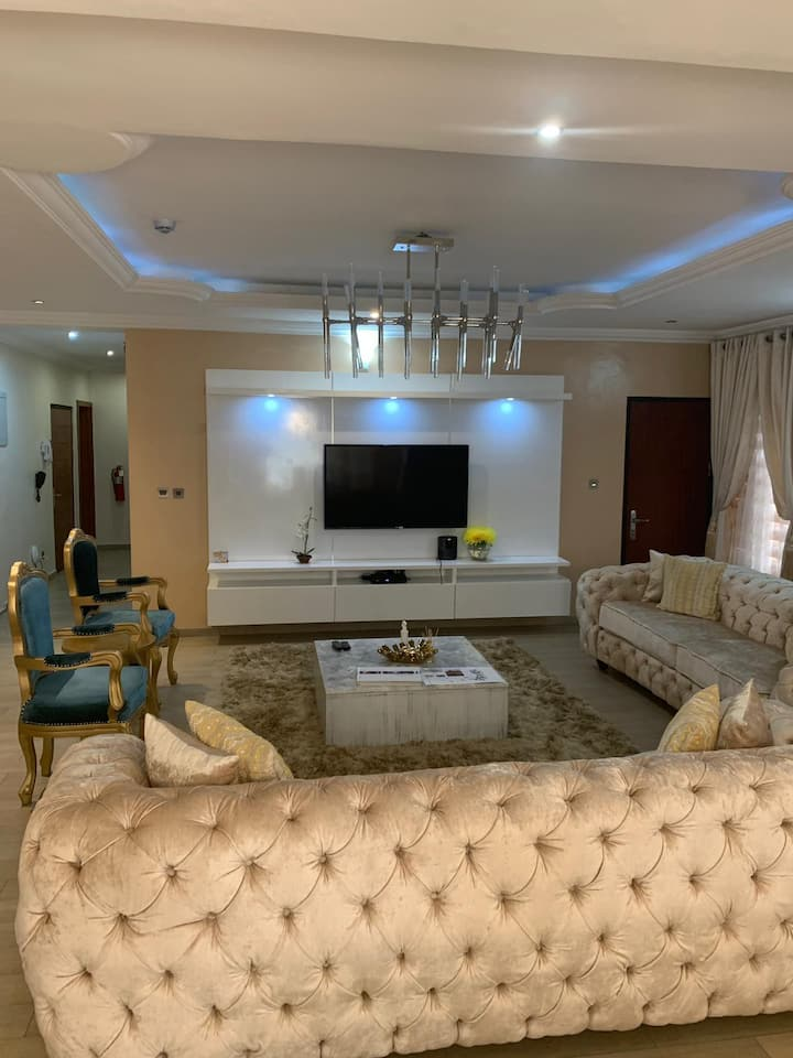 2-Bed Luxury Apartment at Oniru, Victoria Island.