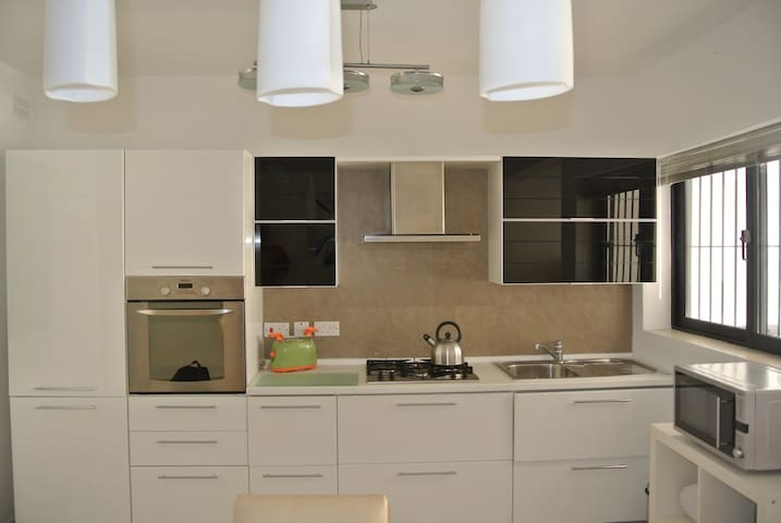 Nice design, 3 bedroom, 2 bathroom, Swieqi Apt - Is-Swieqi