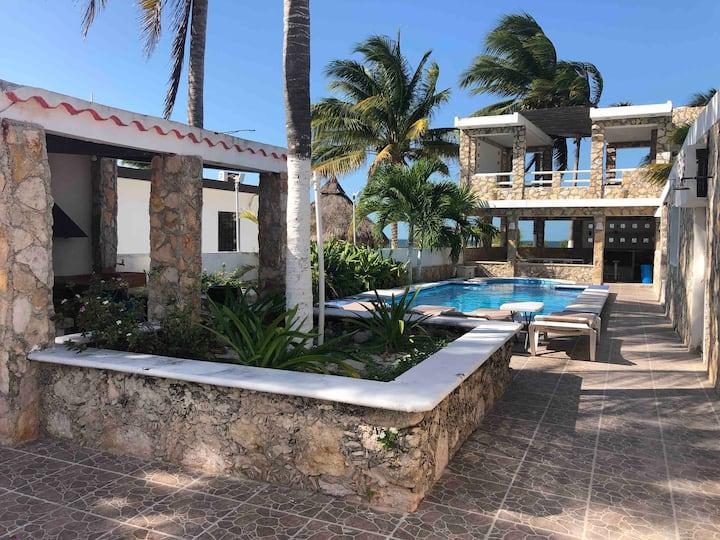 PANTO-HA BEACH HOUSE,  verdadera perla de la costa