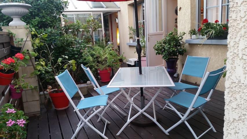 Belle villa à 10 minutes de Paris - Fontenay-sous-Bois - House