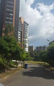 Hermoso Apartamento Nuevo y Amoblado - Sabaneta