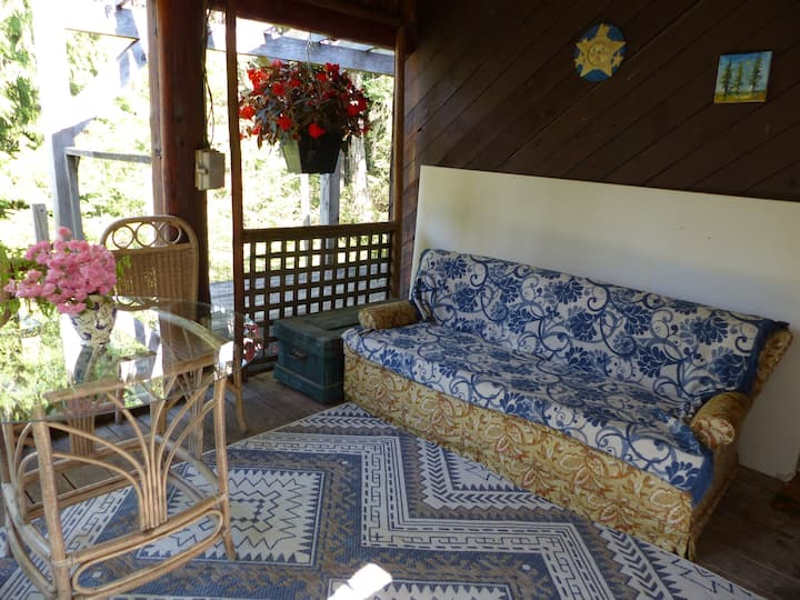 GlenEden Organic Farm self-contained country abode