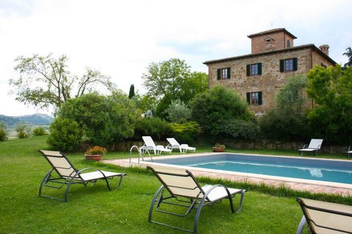 IL POGGIARONE - Montepulciano - House