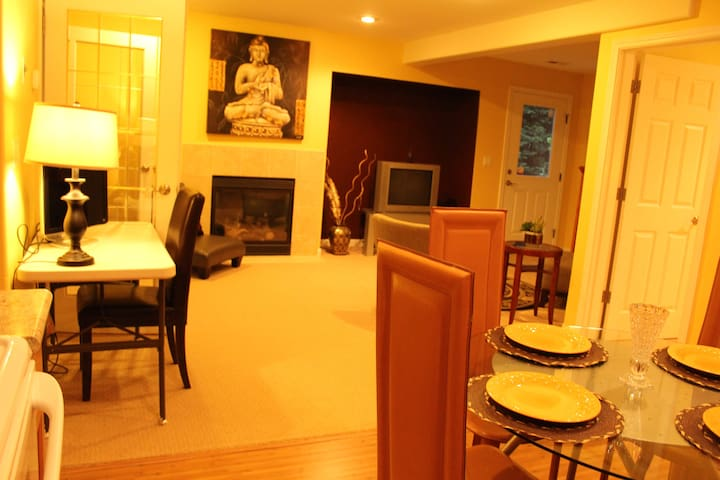 1br luxury suite apartment - Redmond - Wohnung