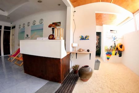 Private Home in Maafushi - 2 mins from the beach!