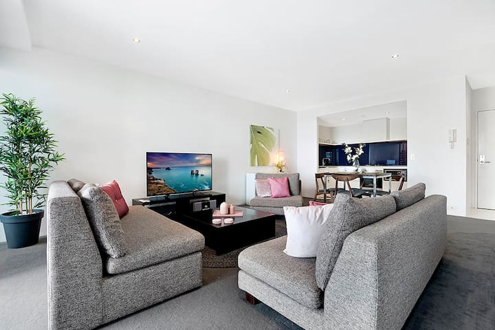 Clean, Relaxing and Spacious /1BR