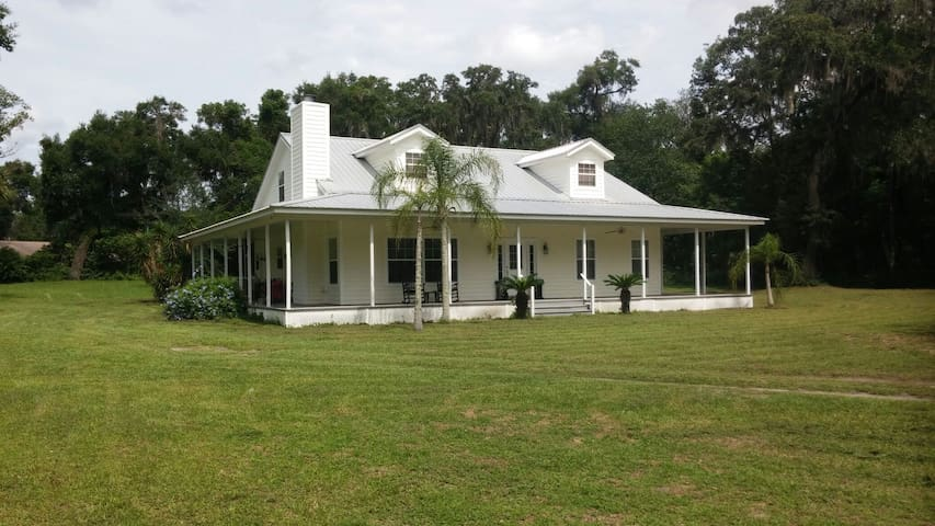 Florida Cracker House
