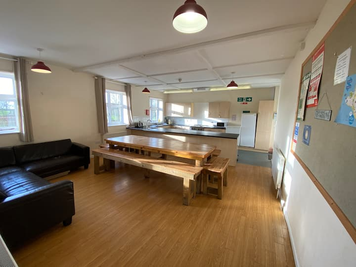 Exmouth Country Lodge - 3 Bedroom - Sleeps 14