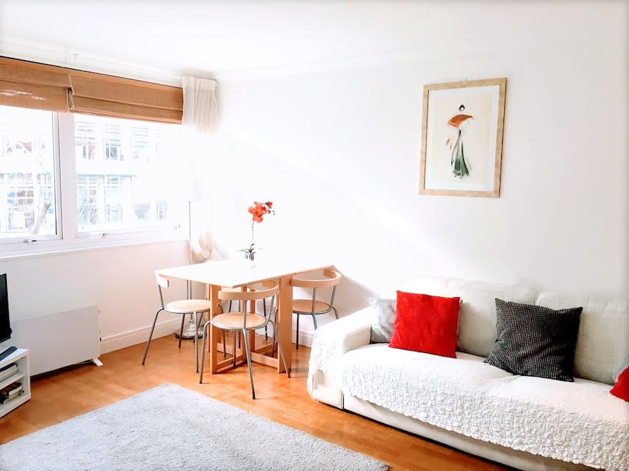 Amazing Room To Book In Pubs London