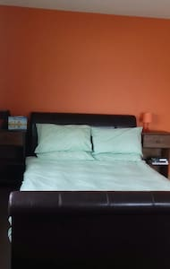 Large Sunny Room in Julianstown Co MEATH. - Meath - Apartment - 1