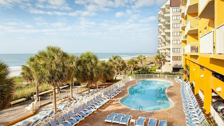 Two Bedroom Luxury Condo, Myrtle Beach (A594)