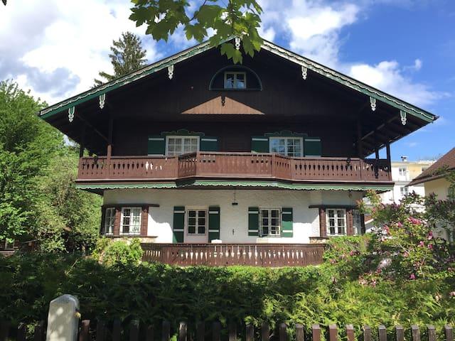 Alpenländische Villa mit besonderem Flair