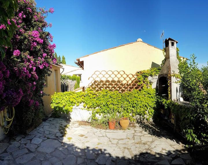 Charmante petite villa à Grasse
