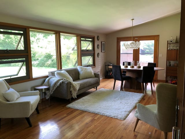 Unique Midcentury Modern House
