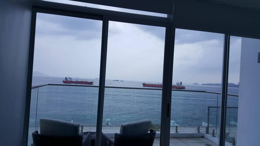 Ocean Front Panama City/Panama Canal Studio/Apt.