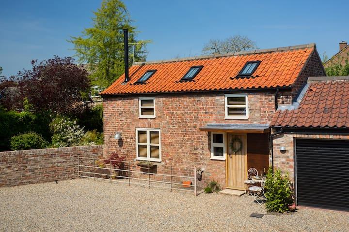 Haxby Hayloft, a beautiful cottage in Haxby, York