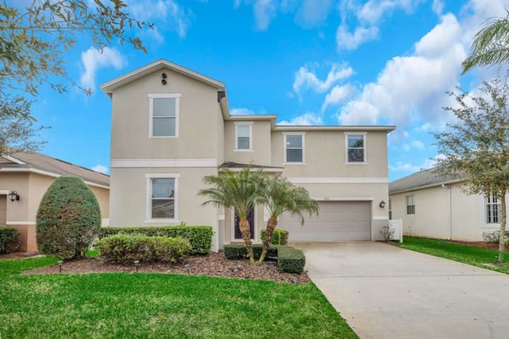 You have Found the Ultimate Villa on Crystal Cove Resort, Orlando Villa 5056