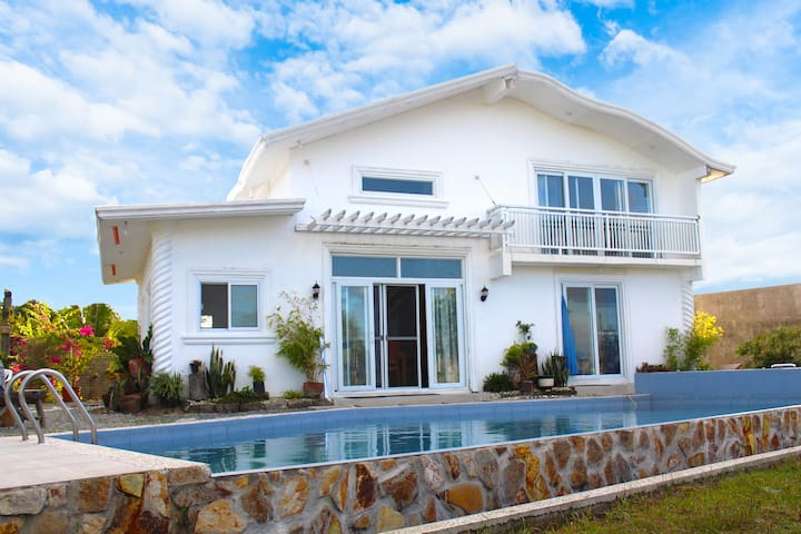 VILLA SOCORRO - NEWLY BUILT - GREEK VILLA