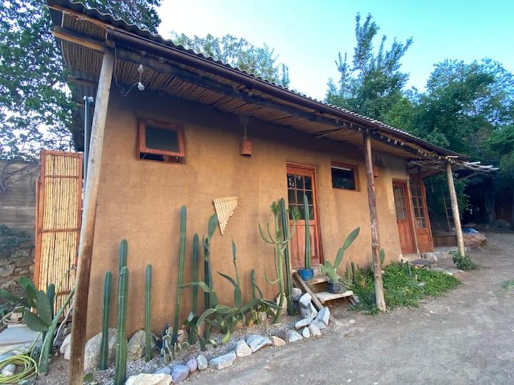 Cabaña privada,Pisco Elqui centro,hasta 2 personas