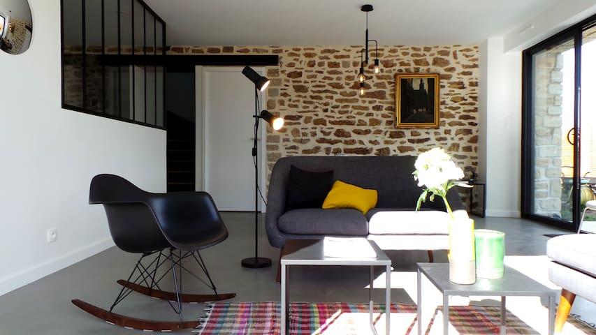 Maison ancienne et design (B) à Arradon (Vannes)