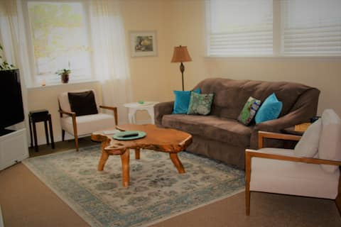 Mandala Cottage...clean, comfortable & convenient.