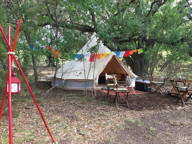 A Peaceful Glamping Tent - San Antonio Northside