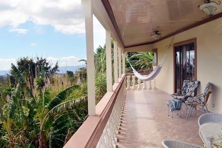 Comfy View Home near La Paz & Poas